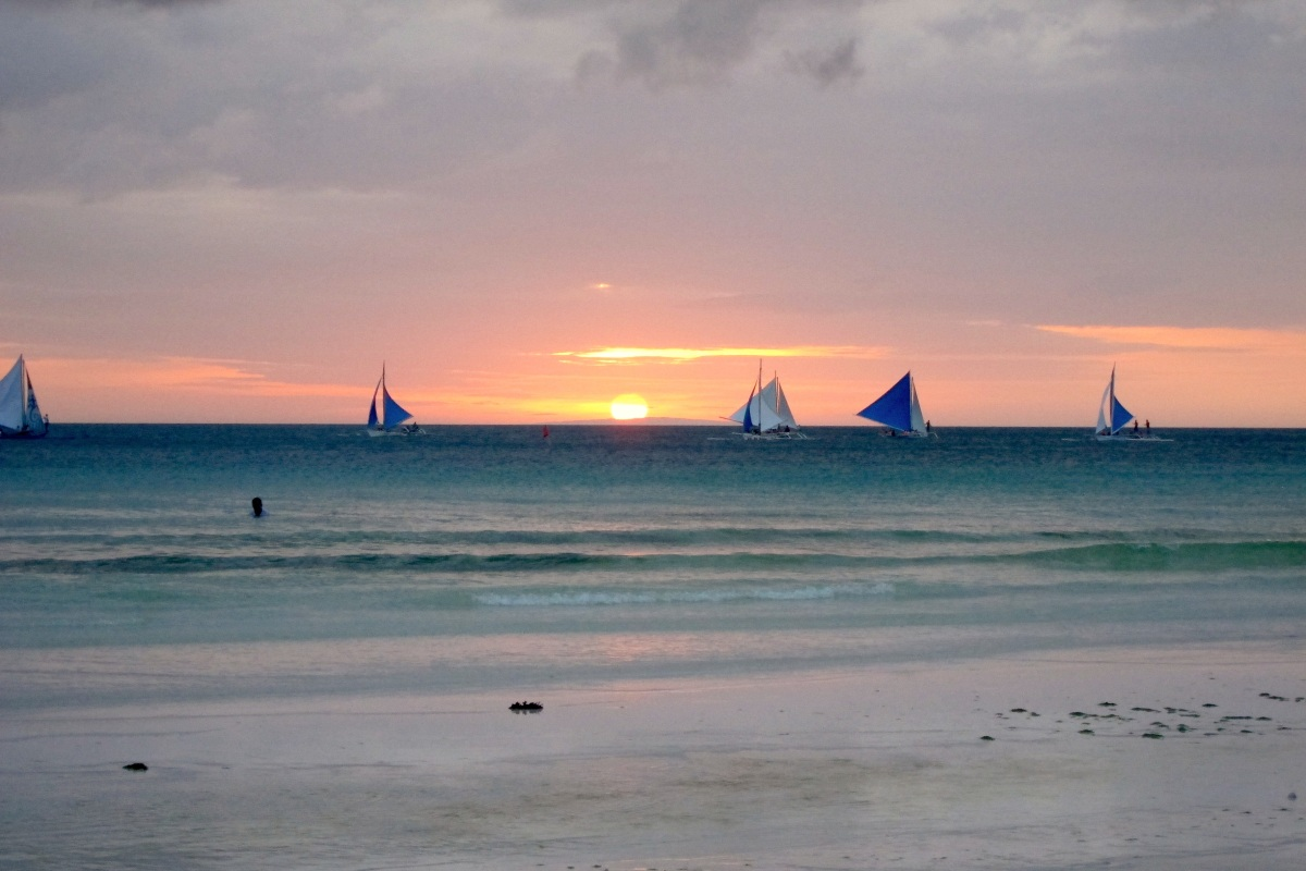 Boracay 101: Must-Do on the World's Best Island