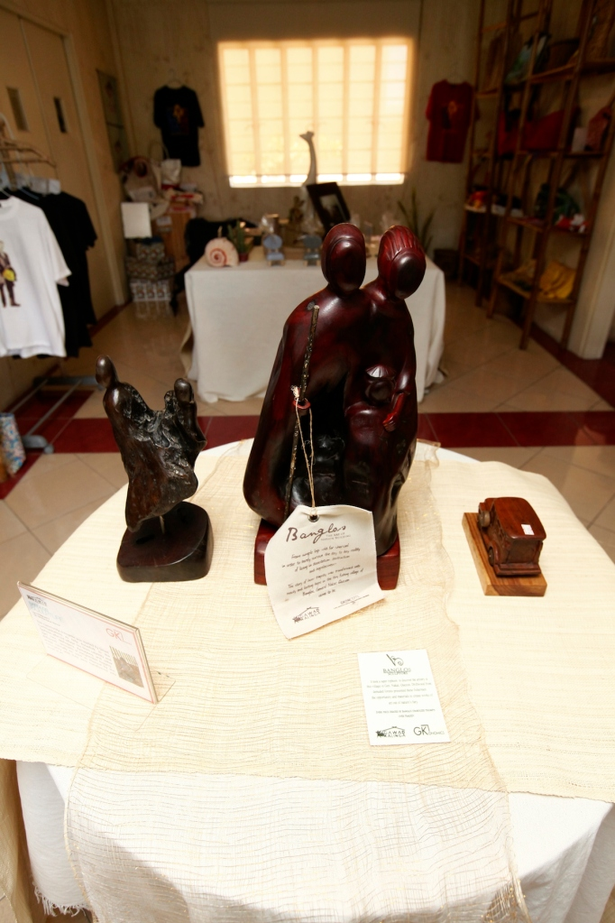 Banglos sculptures are now in museums and art galleries all over the Philippines.